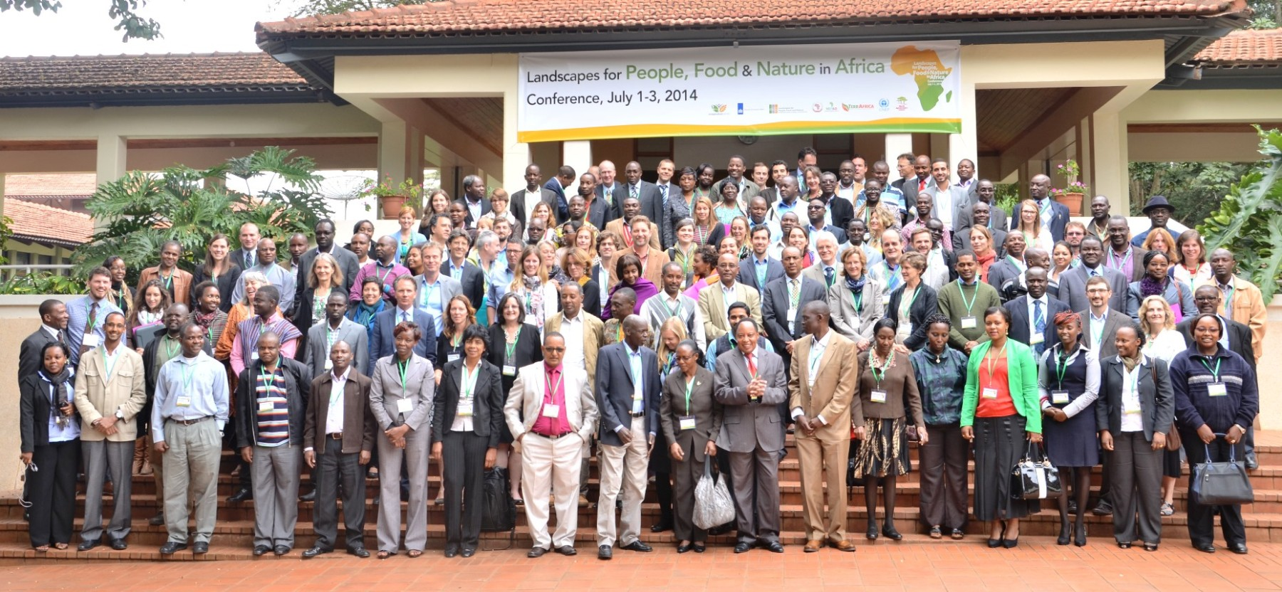 Over a hundred practitioners of the landscape approach convened in 2014 to discuss how the landscape approach advances social, environmental, and economic goals in African landscapes.